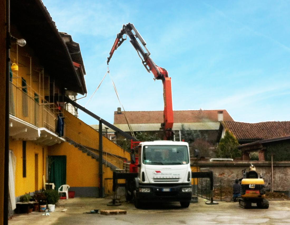 montaggio scala in ferro